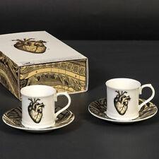Cubic comprando oggetti curiosi cuore anatomico Espresso Set. due tazze e piattini in confezione regalo.