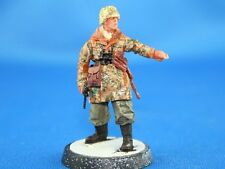 Peddinghaus 1/48 Waffen-SS Officer in Camouflage Uniform with MP 40 WWII NW011