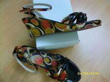 Chaussures Escarpins compensés en Tissu coloré pointure 37 PROMOD