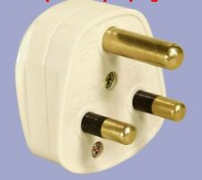 230 VOLT 3 PIN 15 AMP ROUND PIN PLUG BOAT SHOP HOUSE (supplied flat pack)