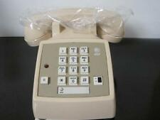 NOS AT&T SINGLE LINE TELEPHONE DESK 2500 DMGC W/ FEATURE BUTTON VINTAGE TAN