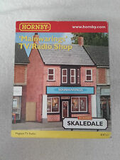 HORNBY SKALEDALE OO Gauge R9711 MAINWARINGS TV/RADIO SHOP