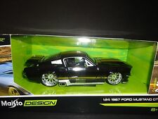 Maisto Ford Mustang GT 1967 Black with Gold Stripe Design 1/24