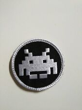 SPACE INVADER - Retro Video Game - PATCH - 7x7cm - PARCHE - Hook & Loop backing