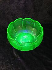 STUNNING ART DECO GREEN URANIUM GLASS FRUIT BOWL SUNBURST DAVIDSON WALTHER SOHNE