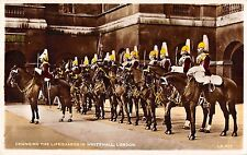 BR81907 changing the lifeguards in whitehall london  military militaria uk