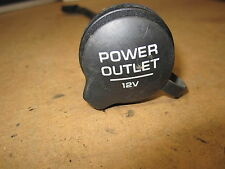 VOLKSWAGEN PASSAT 00 2000 OE POWER OUTLET WITH CAP & RETAINER