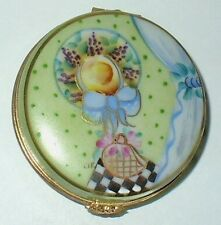 LIMOGES BOX ~ COMPACT WITH SCENE ~ HAT & FRUIT & PURSE ~ TOP SIGNED ~ PEINT MAIN