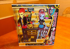 """Monster High Dolls (2 Pack) - """"Home Ick"""" Heath Burns & Abbey Bominable  - New"""