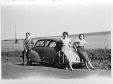 Photo ancienne vintage snapshot automobile voiture car vers 1950