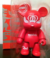 "QEE TOYER 8"" NWG NEW WORLD GROUP RED EVOLVE CROWN 2005 TOY2R TOY VINYL FIGURE"