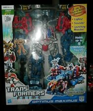 Transformers Prime Optimus Maximus 2-in-1 Robot Battle Station Cyberverse New