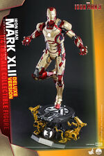 1/4 Scale Iron Man Mark XLII Deluxe Version Hot Toys