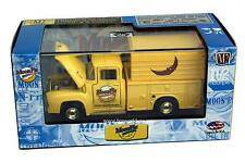 M2 Machines MOON-PIE 1956 Ford F-100 CHASE R.MN01