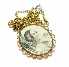 CHARMING OLD DELICATE ORNATE ANTIQUE VICTORIAN LOCKET PENDANT NECKLACE (C12)