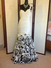 NWOT STUNNING PROM PAGEANT DRESS MAC DUGGAL SZ 8 HEAVY WHITE/BLACK FLORA RUCHING