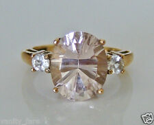 Beautiful 9ct Gold Morganite & White Topaz Ring Size K