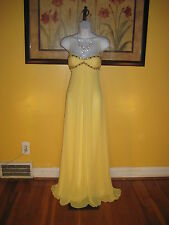 NWT  $228 Cache Jeweled Formal Evening Gown Size 2