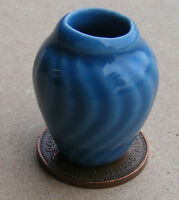 1:12 Scale Blue Vase Dolls House Miniature Ceramic Ornament Accessory B17