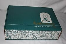 Wdcc Walt Disney Collectors Society Winnie The Pooh Figurine Pin Book Holder