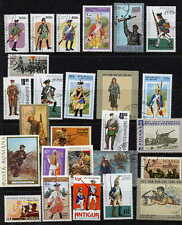 FINE COLLECTION OF GUNS AND FIREARMS ON POSTAGE STAMPS - 25 DIFFERENT!