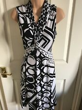 "JOSEPH RIBKOFF Fabulous Abstract Print Fit/Flare Dress-Black/White Size 14(40"")"
