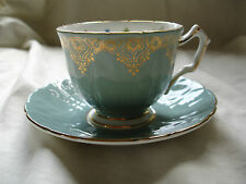 AYNSLEY Pretty in rilievo BONE CHINA CROCUS forma blu uovo d'anatra tazza e piattino