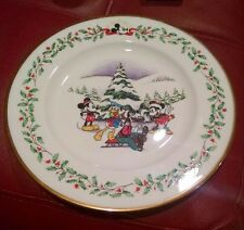 """Lenox Holiday Plate Mickey Mouse First Snow 8""""  NWT Gold Trim Disney  RW4. Mint"""