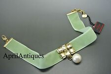 Vintage Valentino green velvet Gold-plated pendant faux pearl drop Necklace