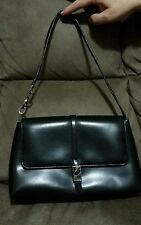 Women's Guess Elegant Shoulder bag black size small