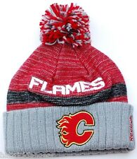 REEBOK CENTER ICE NHL HOCKEY TEAM POM KNIT WINTER HAT/BEANIE - CALGARY FLAMES
