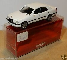 MICRO HERPA HO 1/87 MERCEDES-BENZ C 220 BLANCHE IN BOX