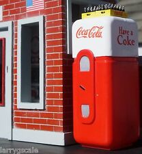 Coca Cola Machine w Coca Cola Cases (2) for your Modeling Dioramas