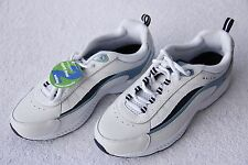 NEW EasySpirit Men's size 8-1/2 Walk Run Shoes, White with Gray and Blue accents