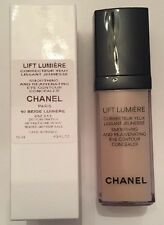 Chanel LIFT LUMIERE SMOOTHING AND REJUVENATING EYE CONCEALER #10 BEIGE LUMIERE