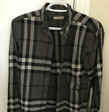 BURBERRY REAL AUTHENTIC Casual Cotton Dress Shirt - Mens XS