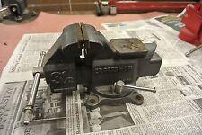 Craftsman 3 1/2 Bench Vise Reversable Jaws 2