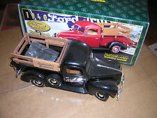 1940 Black Ford Pickup Truck ERTL Replica 1/25 Scale Limited Edition