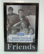 FRIENDS  Magnetic Picture Frame 7 inchs x 5 inchs(NEW)