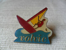 Volvic sailing boat pin lapel badge, free u.k. p&p