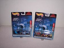 HOT WHEELS - RACING - PIT CREW - 2 CAR LOT - NEW