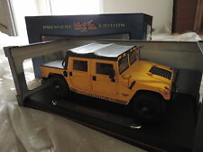 AM General HUMMER H1 SOFT TOP JAUNE 6,5l turbo diesel PREMIERE EDITION 1/18