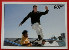 JAMES BOND - Quantum of Solace - Card #026 - Bond Borrows a Motorboat