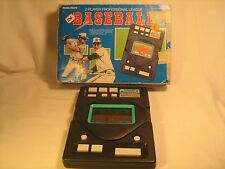 2-Player HAND-HELD GAME Professional League BASEBALL [c2]