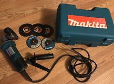 "Makita 9523NBH 4"" Disc Grinder With Attachments, Tested Works Great W/Hard Case"