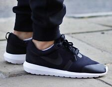 "Nike Roshe NM TP Rosherun Tech Pack ""Fleece Pack"". 749658 001. Size 9.5"