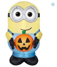 Gemmy Airblown Inflatable 4.5' X 3' Minion Dave with Pumpkin Halloween Decor