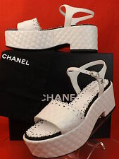 15K NIB CHANEL WHITE QUILTED LASER CUT LEATHER CC LOGO PLATFORM SANDALS 41