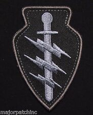 SPECIAL FORCES COMMAND SSI US ARMY TACTICAL USA MILITARY SWAT OPS HOOK PATCH