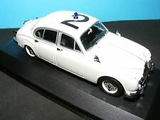 Jaguar Mk II Police in White 1 of 2016 pcs  1959 1:43RD. MINICHAMP Model